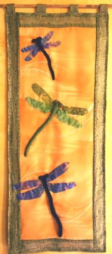 DragonfliesGrass